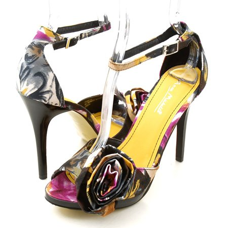 Colored satin shoes